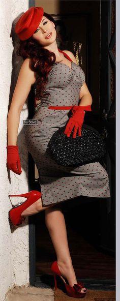 Renee Olstead in Regard Magazine December 2012