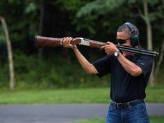 Parodies de Barack Obama tirant au fusil