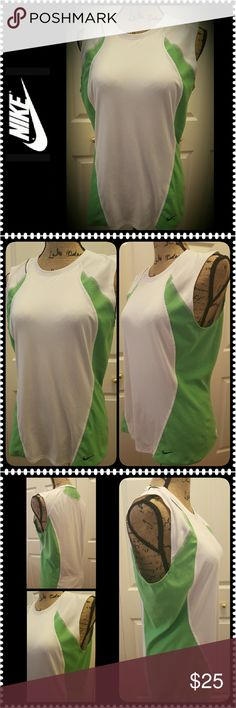 Nike Fit DRY Top Nike Dri-Fit Top in 100% Polyester Material, Color Blocks of Green and White, Mesh Style for Comfort, Size Shows as L (12-14), Overall Mint Condition Tops