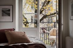 #scandinavian #livingroom #nordichome #stockholm #balcony Bondegatan 50, 1 tr | Fantastic Frank