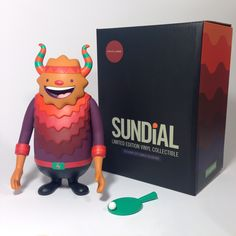 Sundial - Designer Vinyl Toy by Camilo Bejarano, via Behance
