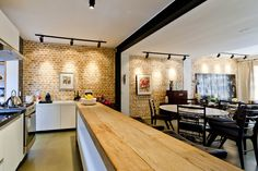 Casa Itaim  Cozinha e Sala de Jantar Projeto - Leandro Cerny - Colaboração - Enzo Sobocinski Arquitetura