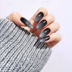 Nägel Inspiration 18 Beautiful Ombre Nail Design Ideas - The Trend Spotter Wedding Planning Insights Acrylic Nails Glitter Ombre, Orange Ombre Nails, Goth Nails, Red Nails, Grey Nail Designs, Simple Nails, Nails Inspiration, Pretty Nails, Nail Colors