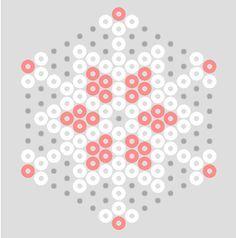 Strijkkralen sneeuwvlok 598d966d68dbed2cf74b6a62d9040fc9.jpg 236×238 pixels