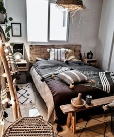 38 Awesome Comfy Bedroom Design Ideas – There are different rooms in the house… – cozy home comfy Home Decor Bedroom, Modern Bedroom, Interior Design Living Room, Living Room Decor, Bedroom Ideas, Ikea Interior, Interior Designing, Cozy Small Bedrooms, Scandinavian Style Home