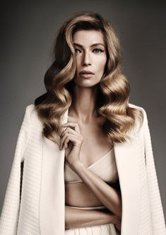 Photography: Steven Chee Hair: Paloma Rose Garcia @ Oscar Oscar