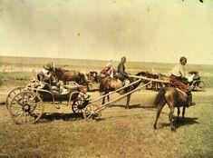Albert Kahn - Mongolia photos - Art and design inspiration from around the world - CreativeRoots Epic Photos, Old Photos, Mongolia, First Photograph Ever Taken, Vintage Photographs, Vintage Photos, Photo Restaurant, Albert Kahn, Photo D Art