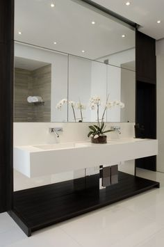 Bathroom in black and white - Sunny Isles 3301 Project by Troy Dean Interiors Florida