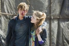 Dogs of War (1x07) - with the long-awaited Chalek kiss at the end! <3 #ninelivesofchloeking #benjaminstone
