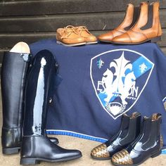 SPECTACULAR CHRISTMAS COMPETITION !  WIN a bespoke pair of riding boots plus many more prizes valued in excess of £1400.  Click on link in bio to enter now!  #celerisuk #eskadron #equestrianstockholm @esstockholm #wow #competition #christmas2015 #win #boots #chaps #socks #horseboots #horsebandages #groomingbag #luxurystockpin #spurstraps #jodphurboots #saddlepads