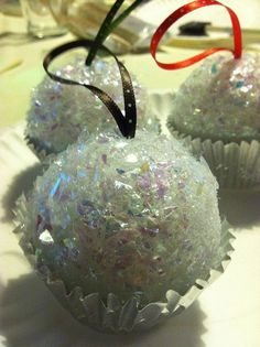 Cupcake Christmas Ornaments DIY