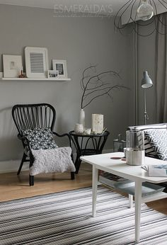Grey and white living room Paint Colors For Home, House Colors, Modern Interior, Interior Design, Living Spaces, Living Room, Pretty Room, Scandinavian Home, Diy Room Decor