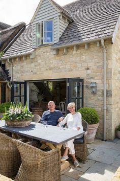 Anton & k antiques porch/patio & outdoor areas in 2018 pinte Outdoor Areas, Outdoor Rooms, Outdoor Living, Outdoor Decor, Cottage Exterior, Dream House Exterior, Outside Living, French Cottage, French Country