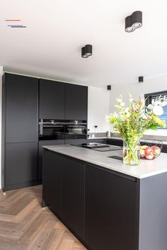 New Kitchen Interior, Modern Kitchen Interiors, Home Decor Kitchen, Custom Kitchens, Luxury Kitchens, Home Kitchens, Beautiful Kitchen Designs, Rustic Kitchen Design, Home Room Design