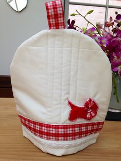 Items similar to Red And White Scotty Dog Tartan Quilted Tea Cosy on Etsy Daylesford, Scottie Dog, Cosy, Tartan, Red And White, Sewing Projects, Product Launch, Tea, Home Decor