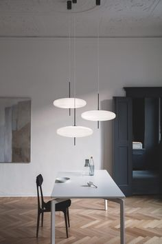 For Sale on - Gino Sarfatti lamp model White diffuser, black hardware, black cable. Manufactured by Astep Model 2065 Design by Gino Sarfatti The 2065 is made of Luxury Lighting, Interior Lighting, Home Lighting, Lighting Design, Diy Pendant Light, Pendant Light Fixtures, Chandelier Pendant Lights, Chandeliers, Ceiling Lamp