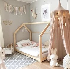 DIY kids deco chambre d enfant DIY kids deco kids room Baby Bedroom, Girls Bedroom, Room Baby, Nursery Room, Canopy Bedroom, Girl Nursery, Nursery Decor, Bedroom Decor, Girl Rooms