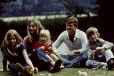 Robert Redford with wife Lola and kids