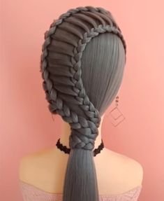 Something new: more than 30 original hairstyles for long hair Hairstyle Names, Clip Hairstyles, Fancy Hairstyles, Braided Hairstyles, Curly Hair Styles, Natural Hair Styles, Love Hair, Hair Videos, Hair Day