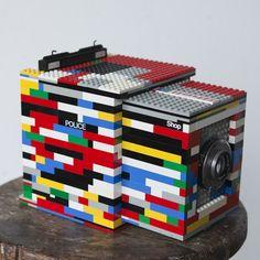 The Legotron Mark I, A Lego Large Format Camera, Kindercorn of Fotografie, hmmmm Lego Camera, Pinhole Camera, Camera Art, Legos, Plate Camera, Old Cameras, Lego Projects, Upcycling Projects, Photography Camera