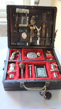 "Steampunk Box ""The vampire hunter"" - Catawiki"