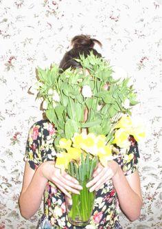 Still living: bonniegibbons.blogspot.com
