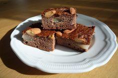 suiker- en granenmeelvrije amandel-peren-dadel cake! Zelf bakken is gezonder, leuker en erg lekker! Recept? mail naar info@quibono.nl