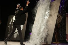 Show in France by EriK BLACK PAINTING  Glitter and speed Painting  Artist performer live