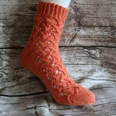 Blogiarkisto ► 2021 (17) ► 2020 (158) ► 2019 (151) Leg Warmers, Socks, Knitting, Blog, Knitting Socks, Leg Warmers Outfit, Tricot, Breien, Sock