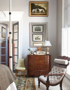 House Tour: 19th-Century Southern Cottage LOVE this cozy, inviting room with the warmth of antiques and art!