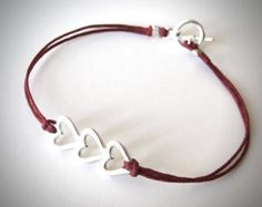 Amor de corazón corazón de plata pulsera por JewelryByMaeBee