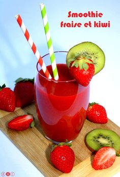 Smoothie fraise et kiwi, 100% fruits ! De quoi faire le plein de vitamines pour la journée ;)