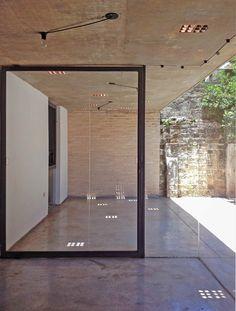 16-vidrio_recuperado_sembrado_y_puerta-vivienda