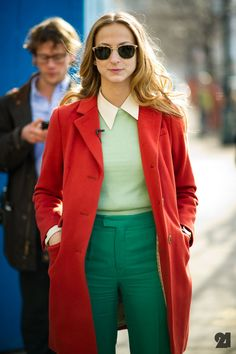 Repin Via: Daria Kittenhood #complementary colors #red and green #shirt collar