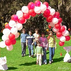 "There's no better way to say, ""Step right up!"" than with a balloon arch. Click to see how to make it!"