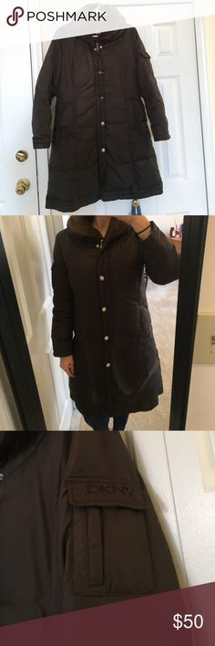 """Down DYNY Puffer Coat SUPER WARM!! Coat filling is 50% goose down and 50% duvet. Has a hood that rolls up into the collar. I'm 5'8"""" and it comes down to my knees. Gently worn and well loved. DKNY Jackets & Coats Puffers"""
