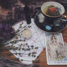 candle, tarot, cup, crystals,lavander