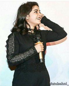 Teen Actresses, Indian Actresses, Zaira Wasim, Yellow Floral Dress, Srinagar, Morning Yoga, Celebs, Celebrities, My Crush