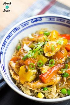 Slow Cooker Sweet And Sour Chicken - Pinch Of Nom Slimming Recipes Slimming Eats, Slimming World Recipes, Syn Free Food, Pinch Of Nom, Sweet Sour Chicken, Slow Cooker Chicken, Slow Cooker Recipes, Food Print, Healthy Eating