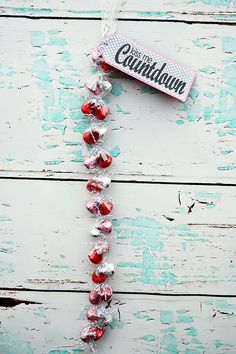 kiss me countdown. A sweet way to countdown to Valentine's Day.