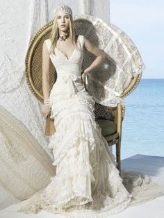 New, sample and used YolanCris wedding dresses for sale at amazing prices. Browse our YolanCris wedding gowns and find your dream dress for less! Chic Wedding, Wedding Styles, Wedding Shot, Wedding Dj, Boho Chic, Shabby Chic, Hippie Chic, Bridal Gowns, Wedding Gowns