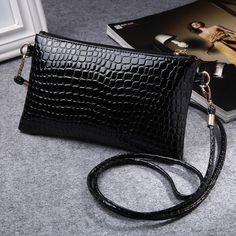 2017 New PU Leather Women Messenger Bags Tassel Crossbody Bag Female Fashion Shoulder Bags for women Clutch Small Handbags