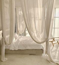 Dream Bedroom, Home Decor Bedroom, Living Room Decor, Cottage Bedrooms, Master Bedroom, Vintage Interior Design, Home Interior Design, Interior Ideas, Home Decor Signs