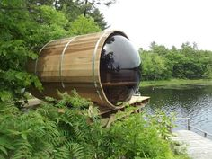 This premium panoramic red cedar barrel sauna with bubble window is perfect to see an awesome view and enjoy it all 4 seasons at your home or cottage. Enjoy many years of health benefits in this sauna.