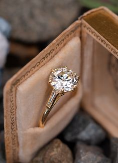 24 Sophisticated Vintage Engagement Rings To Prove Your Love ❤ Vintage engagement rings are perfect for stylish brides who want something truly unique and classy. We chose the best vintage engagement rings by popular jewelers. Baguette Engagement Ring, Engagement Ring Cuts, Designer Engagement Rings, Vintage Engagement Rings, Solitaire Engagement, Vintage Wedding Jewelry, Solitaire Ring, Diamond Rings, Diamond Cuts