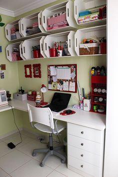 Up no Home Office: escritório de Eva Mota - decoração econômica e possível;