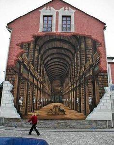 Le trompe l'oeil représente la bibliothèque du Trinity College de Dublin / The painting is of Trinity College Library, Dublin http://pinterest.com/pin/286823069988149937/