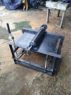 Welding cart done by myself - Salvabrani - Salvabrani Homemade Tools, Diy Tools, Metal Bending Tools, Welding Cart, Mobile Workbench, Cool Paper Crafts, Water Collection, Woodworking Jobs, Garage Tools