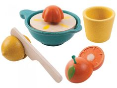 Juicer Set by Plan Toys A lovely addition to any play kitchen. Chop the orange and lemon in half with the knife included and squish away to make some pretend juice. Comes with a bowl to catch all the juice and a cup to pour it into. Wooden Play Food, Wooden Baby Toys, Ice Cream Set, Huevos Fritos, Plan Toys, Green Toys, Oranges And Lemons, Waldorf Toys, Montessori Toys