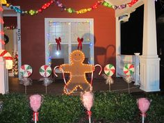 outdoor gingerbread decorations - My Web Value Candy Land Christmas, Christmas Gingerbread House, Christmas Door, Christmas Lights, Christmas Holidays, Christmas Crafts, Christmas Train, Gingerbread Man, Holiday Fun